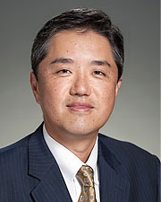 Dr Dong Kim, MD