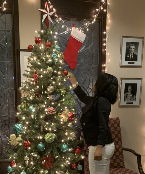 Iletha adding to the tree