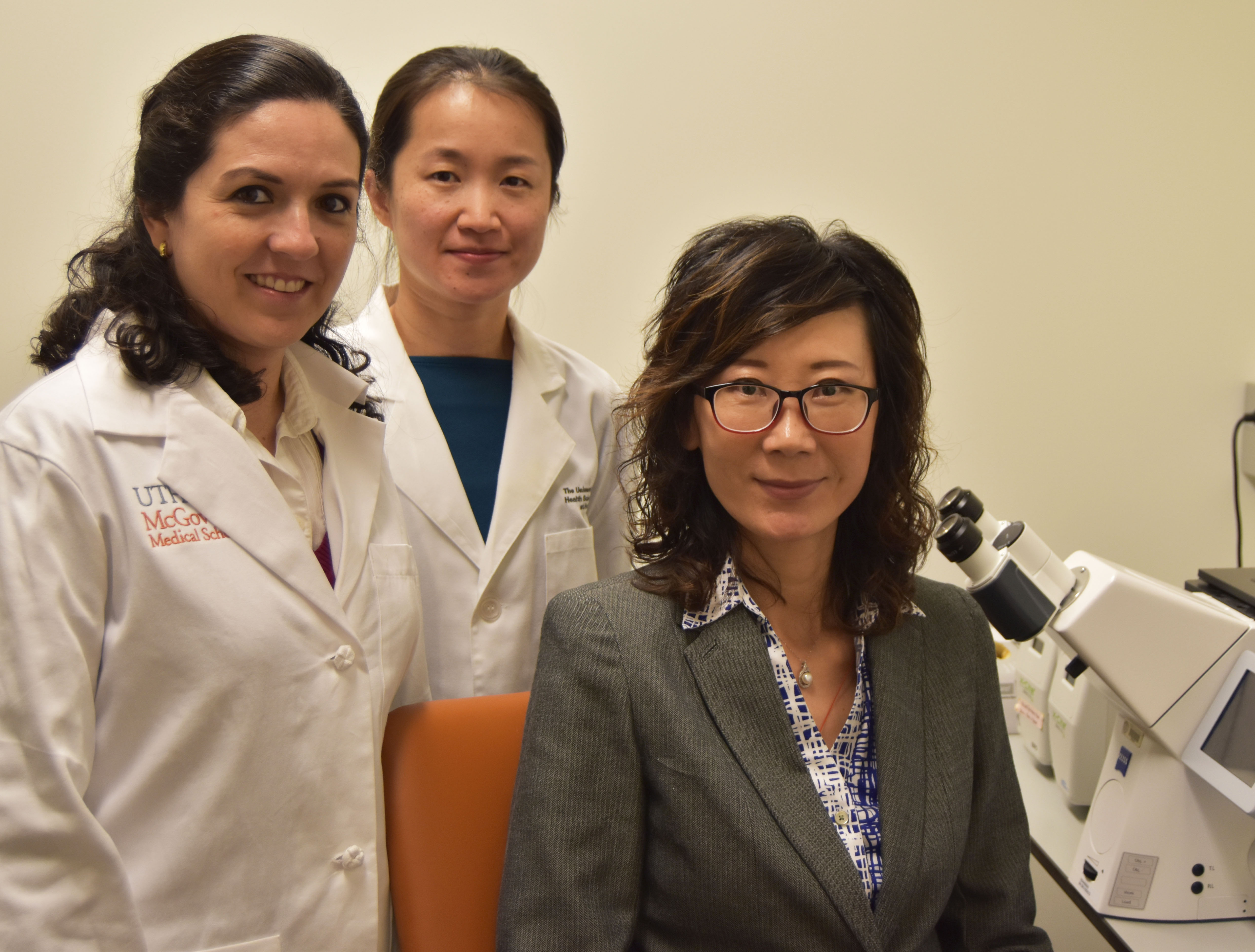 Working on new treatments for spinal injuries at McGovern Medical School are Raquel Cuevas-Diaz Duran, Ph.D.; from left, Han Yan, Ph.D.; and Jiaqian Wu, Ph.D.